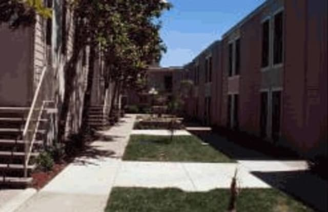 Adelaide Pines Apartments - 1730 Adelaide St, Concord, CA 94520