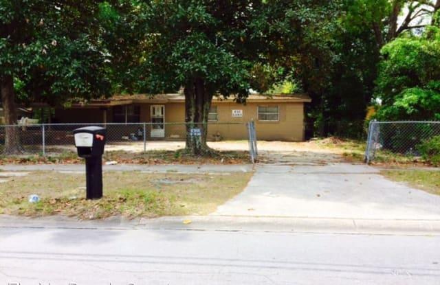 430 Gano Ave. - 430 Gano Avenue, Bellair-Meadowbrook Terrace, FL 32073