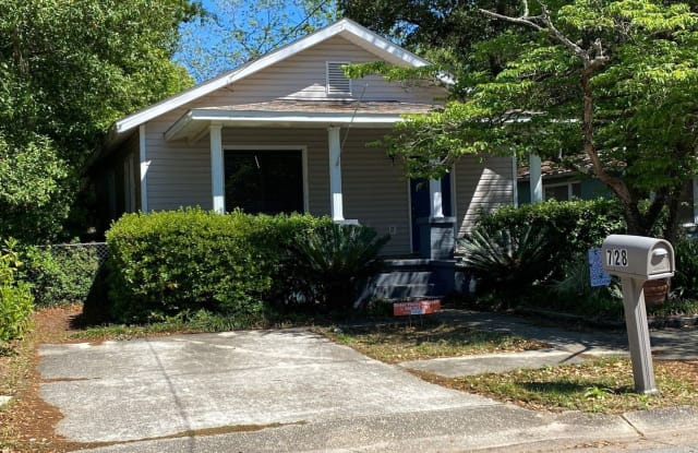 728 South H Street - 728 South H Street, Pensacola, FL 32502