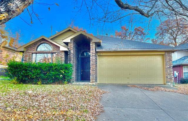 1437 Hampton Road - 1437 Hampton Road, Grapevine, TX 76051