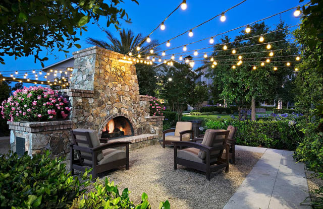Sendero Gateway Apartment Homes - 1701 Gateway Place, San Clemente, CA 92694