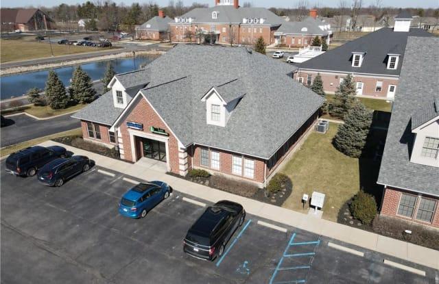 1630 West Oak Street - 1630 West Oak Street, Zionsville, IN 46077