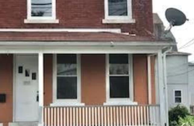 297 Hanover Street - 297 Hanover Street, Bridgeport, CT 06605