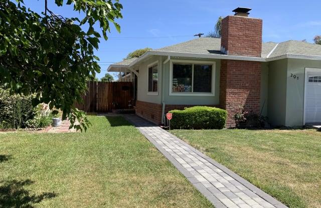 291 Alturas Avenue - 291 Alturas Avenue, Sunnyvale, CA 94085