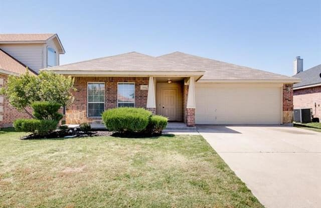3132 Royal Crest Drive - 3132 Royal Crest Drive, Fort Worth, TX 76140