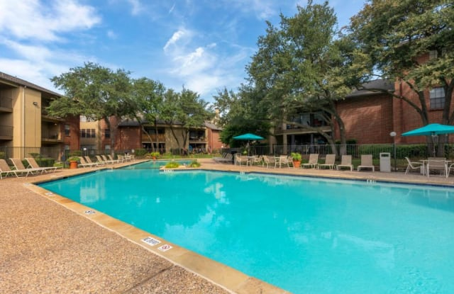 Springfield Apartments - 2305 Driftwood Dr, Mesquite, TX 75150