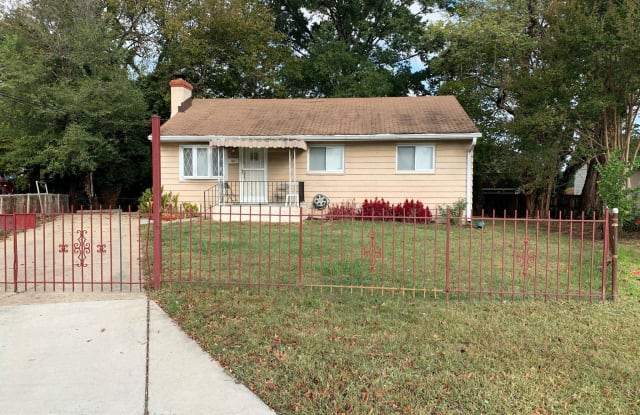 6315 58TH PLACE - 6315 58th Place, East Riverdale, MD 20737