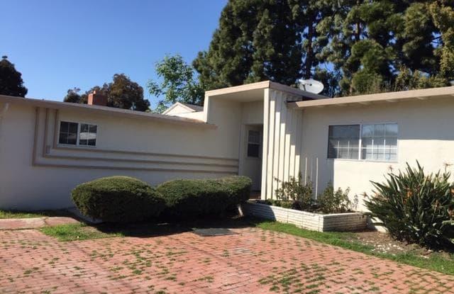 1403 Kavanaugh DR - 1403 Kavanaugh Drive, East Palo Alto, CA 94303
