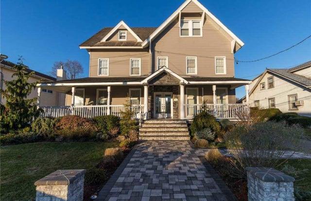 36 Althouse Avenue - 36 Althouse Avenue, East Rockaway, NY 11518