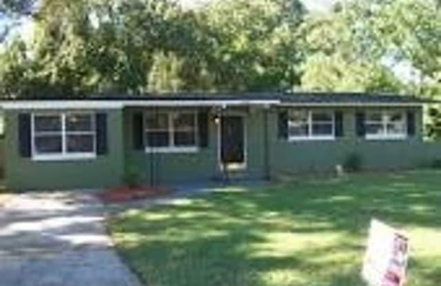 4638 Herta Rd - 4638 Herta Road, Jacksonville, FL 32210