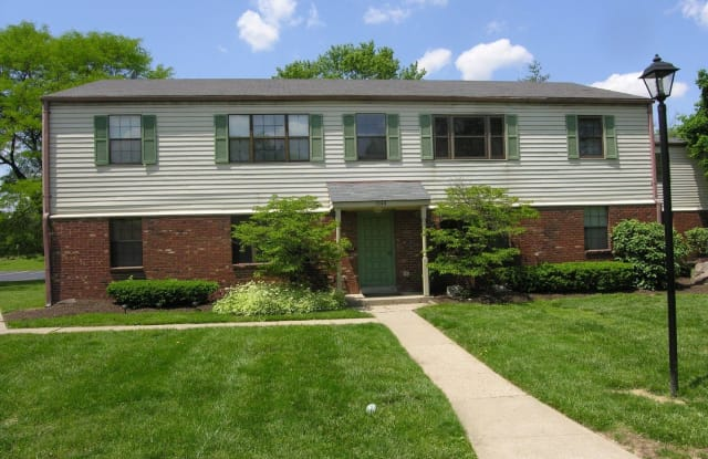 1944 Chaucer Dr #B - 1944 Chaucer Drive, Hamilton County, OH 45237