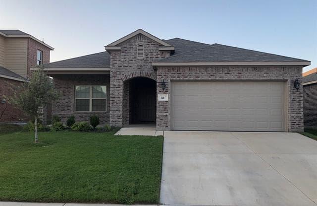 348 Lead Creek - 348 Lead Creek Drive, Fort Worth, TX 76131
