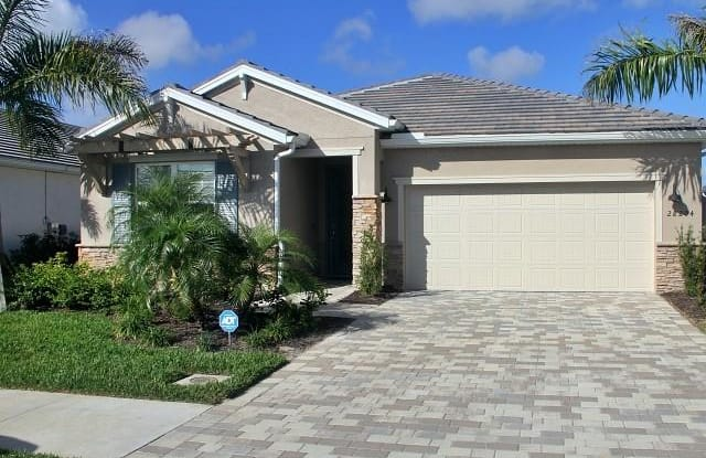 28204 Seasons Tide AVE - 28204 Seasons Tide Avenue, Lee County, FL 34135