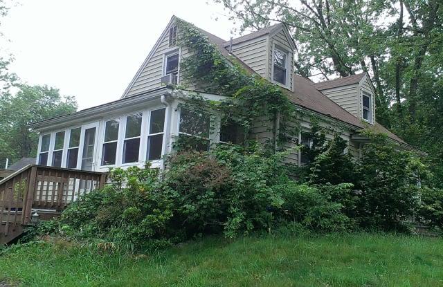14601 Crescent Drive - 14601 Crescent Drive, Marlboro Village, MD 20772