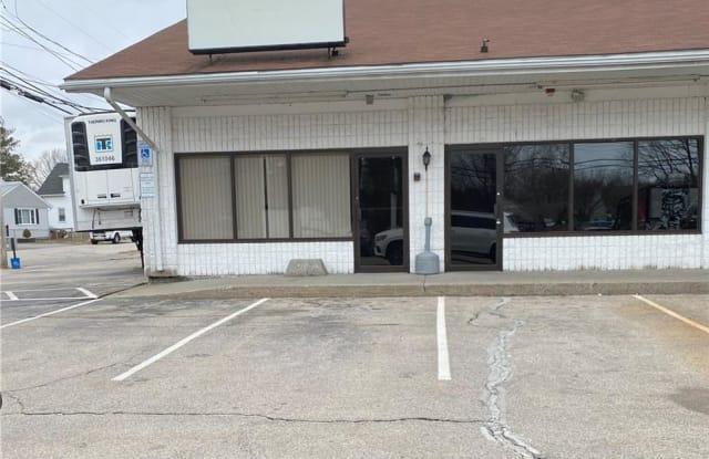 37 Phenix Avenue - 37 Phenix Avenue, Cranston, RI 02920