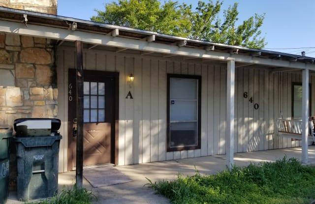 640 Mill St - A - 640 Mill St, San Marcos, TX 78666