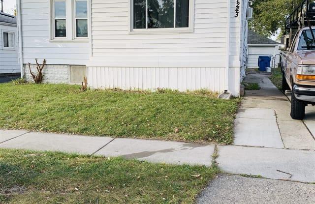 7243 Paige Ave - 7243 Paige Avenue, Warren, MI 48091