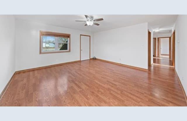 8771 W 168th St - 8771 168th Street, Orland Park, IL 60462