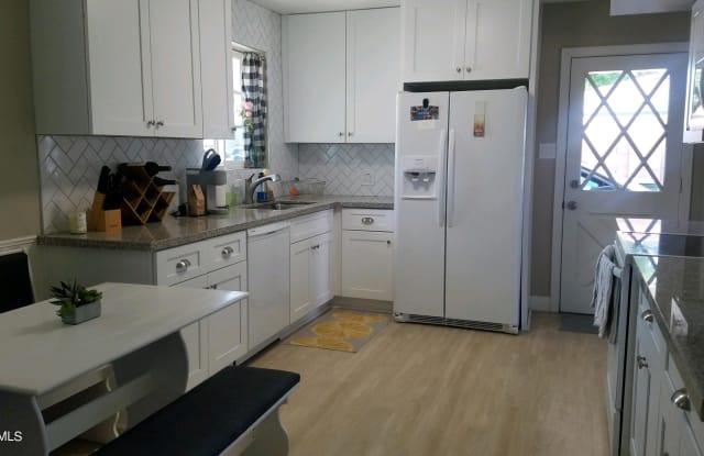 916 E BETHANY HOME Road - 916 East Bethany Home Road, Phoenix, AZ 85014