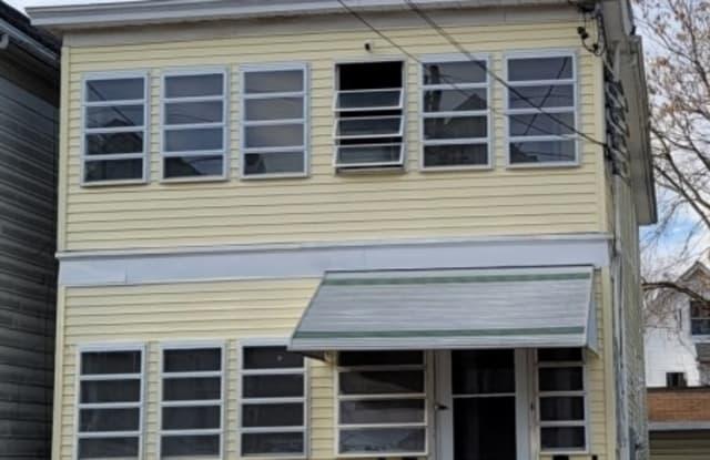 14 Oak St - 14 Oak Street, New Brunswick, NJ 08901