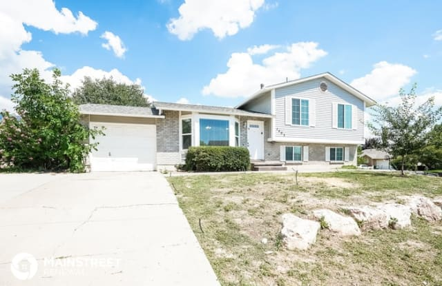 1493 South 500 East - 1493 South 500 East, Kaysville, UT 84037