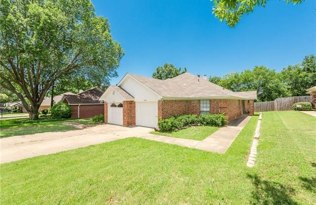 9263 Meandering Drive - 9263 Meandering Drive, North Richland Hills, TX 76182