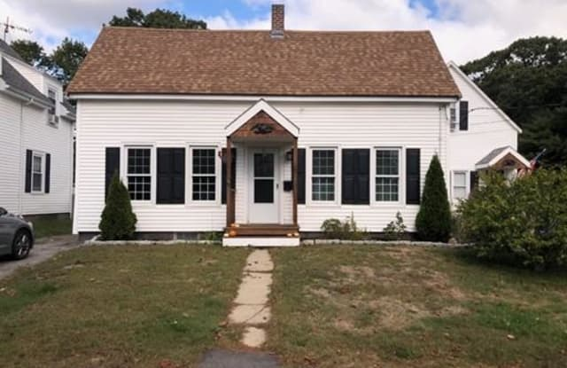 18 Cliff Street - 18 Cliff Street, Plymouth County, MA 02370