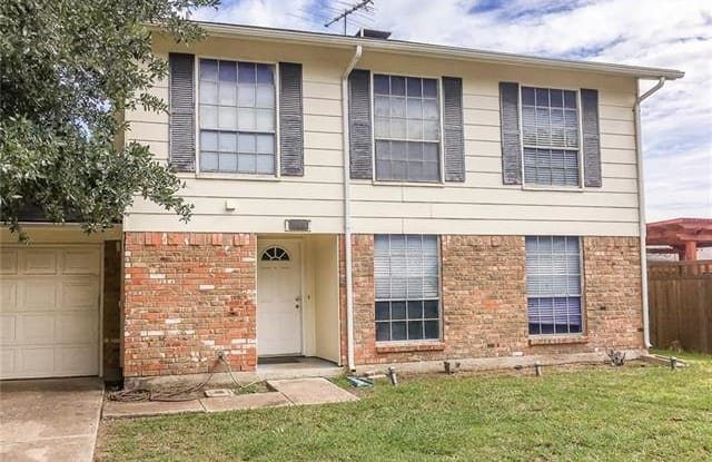 901 Huntington Drive - 901 Huntington Drive, Lewisville, TX 75067