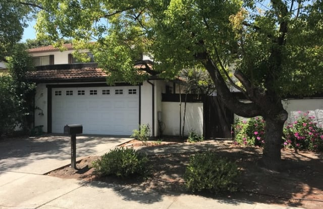1127 Corrie Lane - 1127 Corrie Lane, Walnut Creek, CA 94597