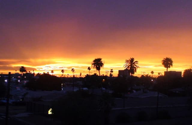 920 E DEVONSHIRE Avenue - 920 East Devonshire Avenue, Phoenix, AZ 85014