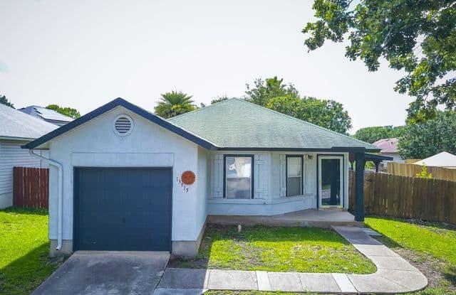 13915 VILLA CAMINO - 13915 Villa Camino, San Antonio, TX 78233