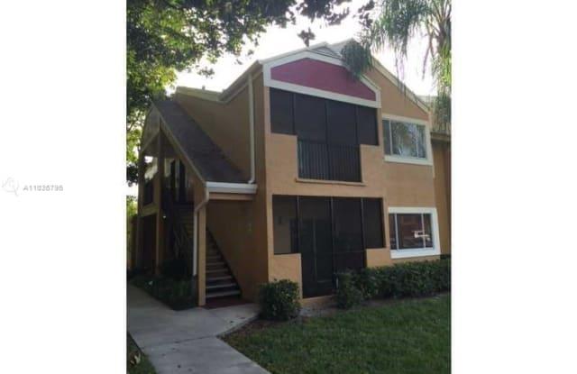 321 SW 84th Ave - 321 Southwest 84th Avenue, Pembroke Pines, FL 33025