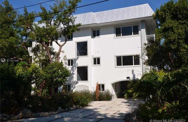 3 Flamingo Hammock Rd - 3 Flamingo Hammock Road, Islamorada, Village of Islands, FL 33036