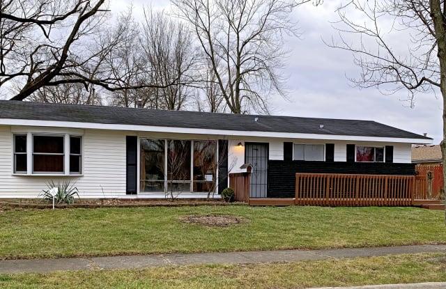 203 Nauvoo St - 203 Nauvoo Street, Park Forest, IL 60466