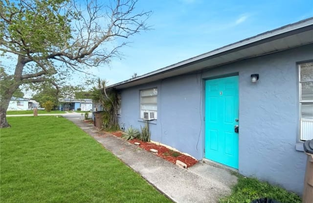 12913 1st ST - 12913 First Street, Fort Myers Shores, FL 33905