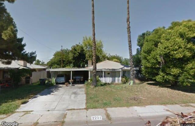 2251 De Ovan Avenue - 2251 De Ovan Avenue, Country Club, CA 95204