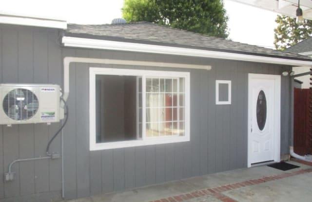 7437 Topeka ave - 7437 Topeka Drive, Los Angeles, CA 91335