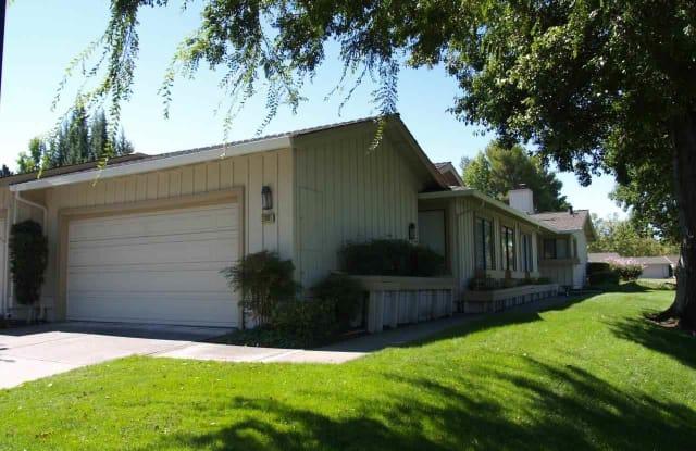 2001 Rancho Verde Cir - 2001 Rancho Verde Circle West, Danville, CA 94526