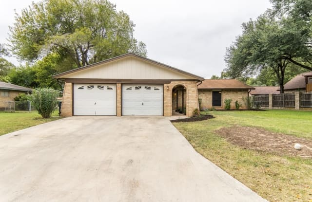 1329 Poppy Ln - 1329 Poppy Lane, New Braunfels, TX 78130
