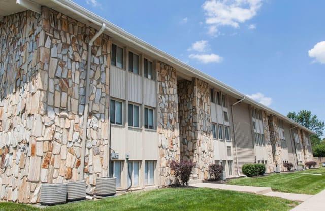 Stone Lodge Apartments - 5125 Cedar Dr, Columbus, OH 43232