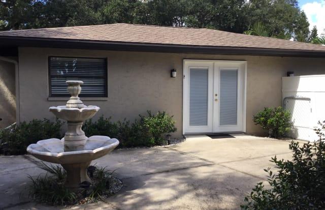 111 Whispering Oaks Court - 111 Whispering Oaks Court, Sarasota, FL 34232