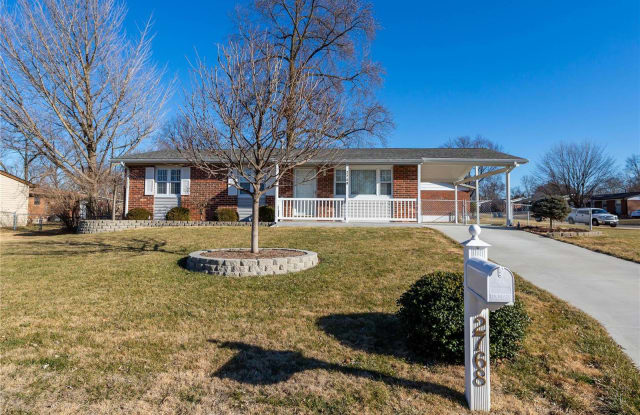 2768 Midvale Drive - 2768 Midvale Drive, Maryland Heights, MO 63043