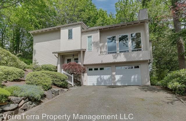 14106 SE 49th PL. - 14106 Southeast 49th Place, Bellevue, WA 98006