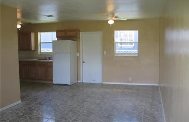 2840 NW 15 CT, unit 1 - 2840 NW 15th Ct, Roosevelt Gardens, FL 33311