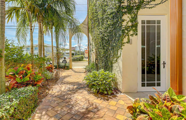 57 SE Seminole Street - 57 Southeast Seminole Street, Stuart, FL 34994