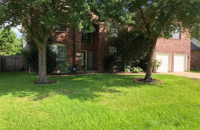 11106 N Country Club Green Dr - 11106 North Country Club Green Drive, Harris County, TX 77375