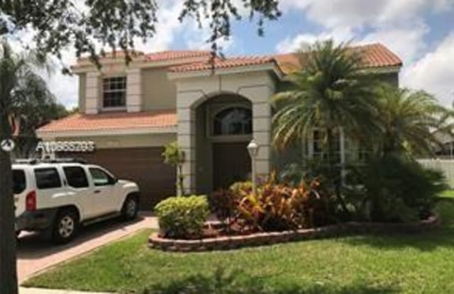 13274 NW 15 CT - 13274 NW 15th Ct, Pembroke Pines, FL 33028