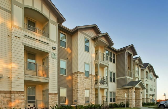 Four Seasons at Clear Creek - 1500 Four Seasons Ln, Everman, TX 76140