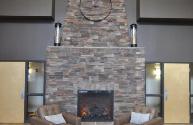 Stone West Village 2 - 1632 51st St S, Fargo, ND 58103
