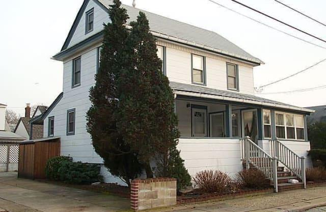 76 Hewlett Ave - 76 Hewlett Avenue, Point Lookout, NY 11569